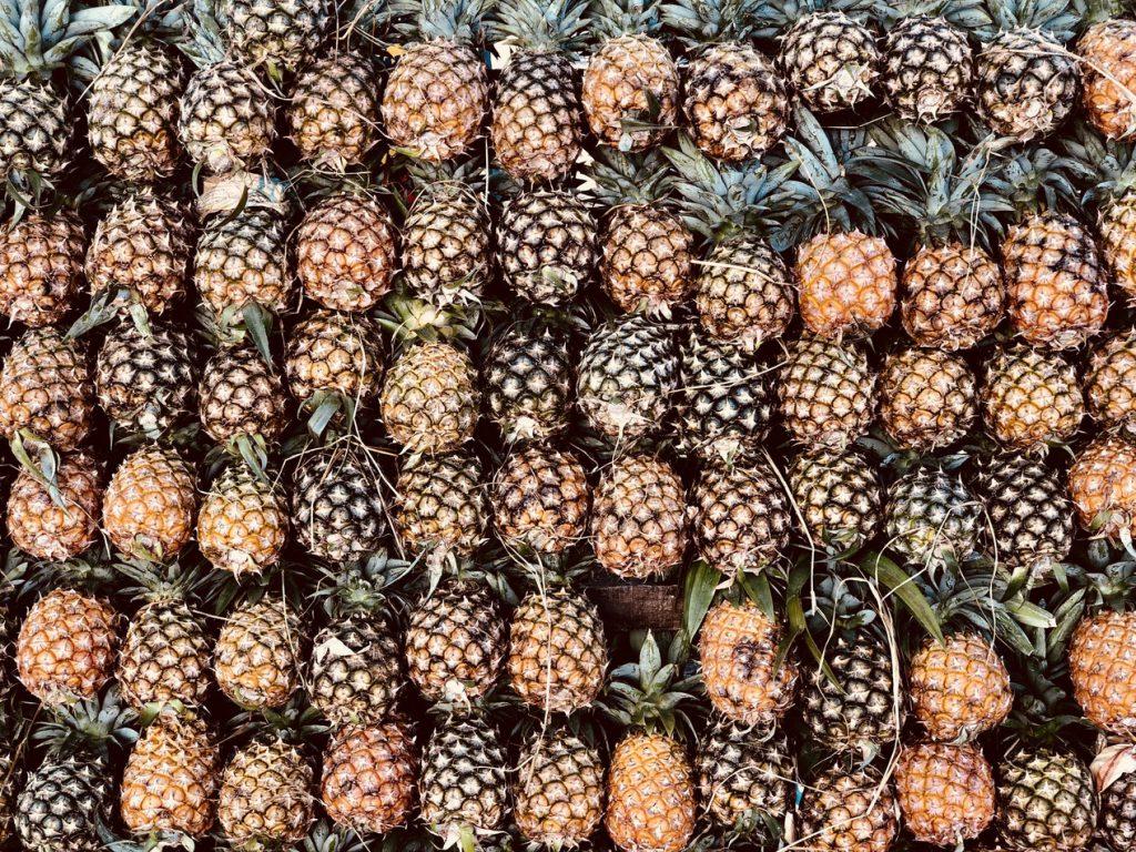 Rayon rempli d'ananas